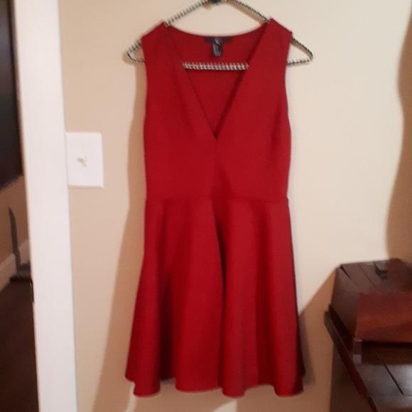XXI size leg deep red dress
